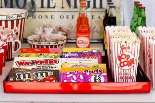 2012-07-16_winnick_movie-night-spread